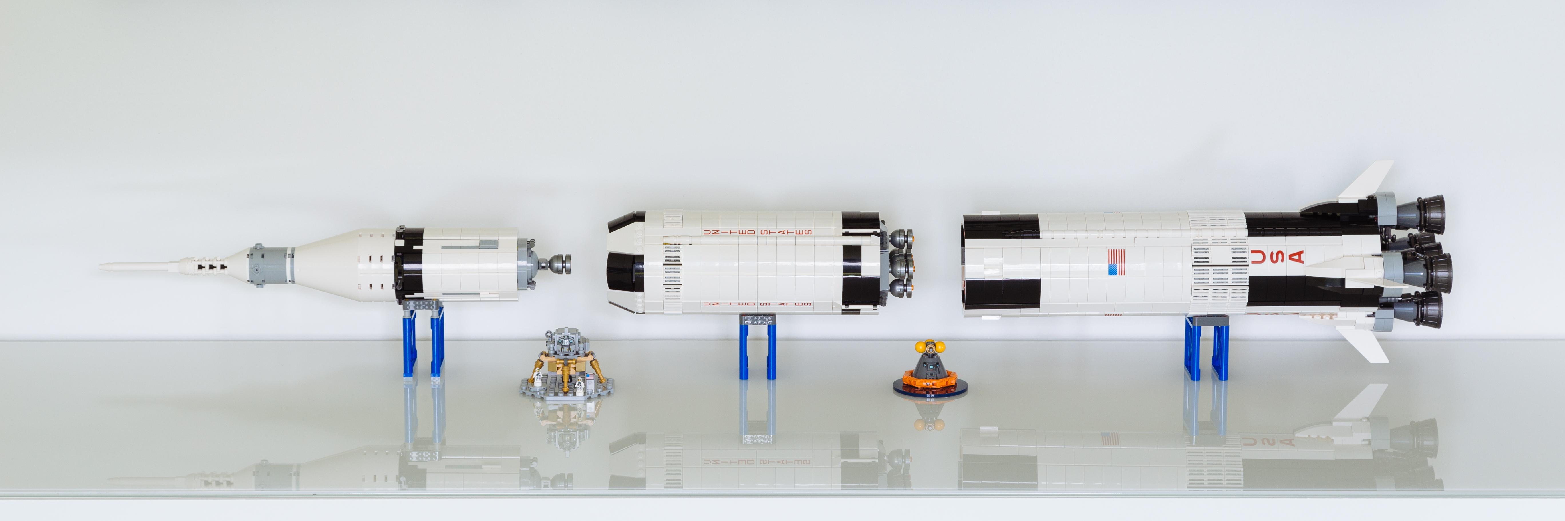 20170611_LEGO_SaturnV-1