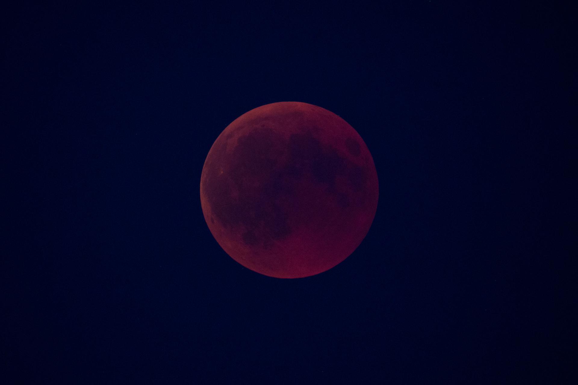 20180727_LunarEclipse-1